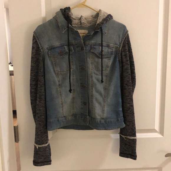 Mossimo Supply Co. Jackets & Blazers - Denim Jacket (Size L)